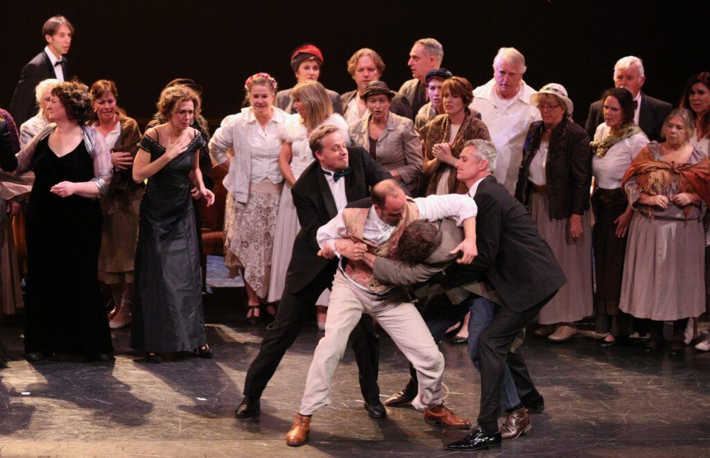 actie bij opera